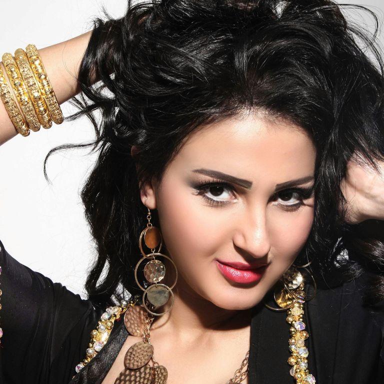 """الفيديوهات الإباحية مع """"خالد يوسف"""" تلاحق الفنانة """"شيما الحاج"""" .. ما حدث صادم وجعلها تغير اسمها"""