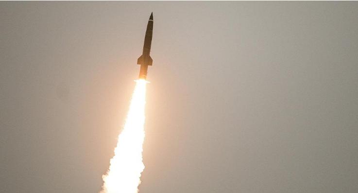 هـــام : تعرف على أرقام عن حرب الصواريخ في اليمن لن يريدك الحوثيون والسعودية أن تعرفها وهذا هو دور علي عبدالله صالح
